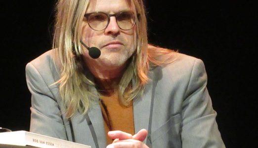 Winnaar Librisprijs Rob van Essen in Borger